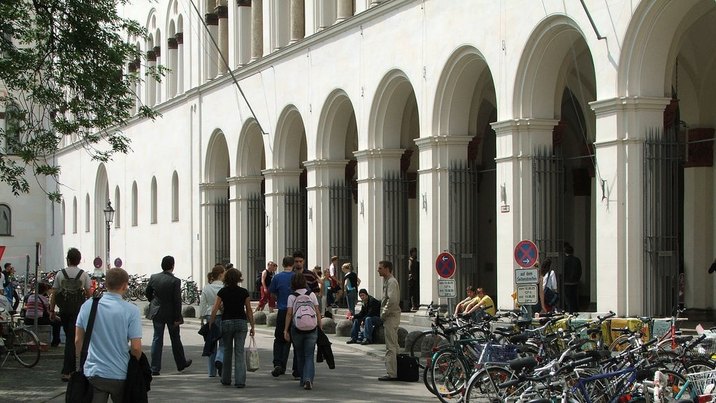 International Student Admission to LMU Munich - Studycor