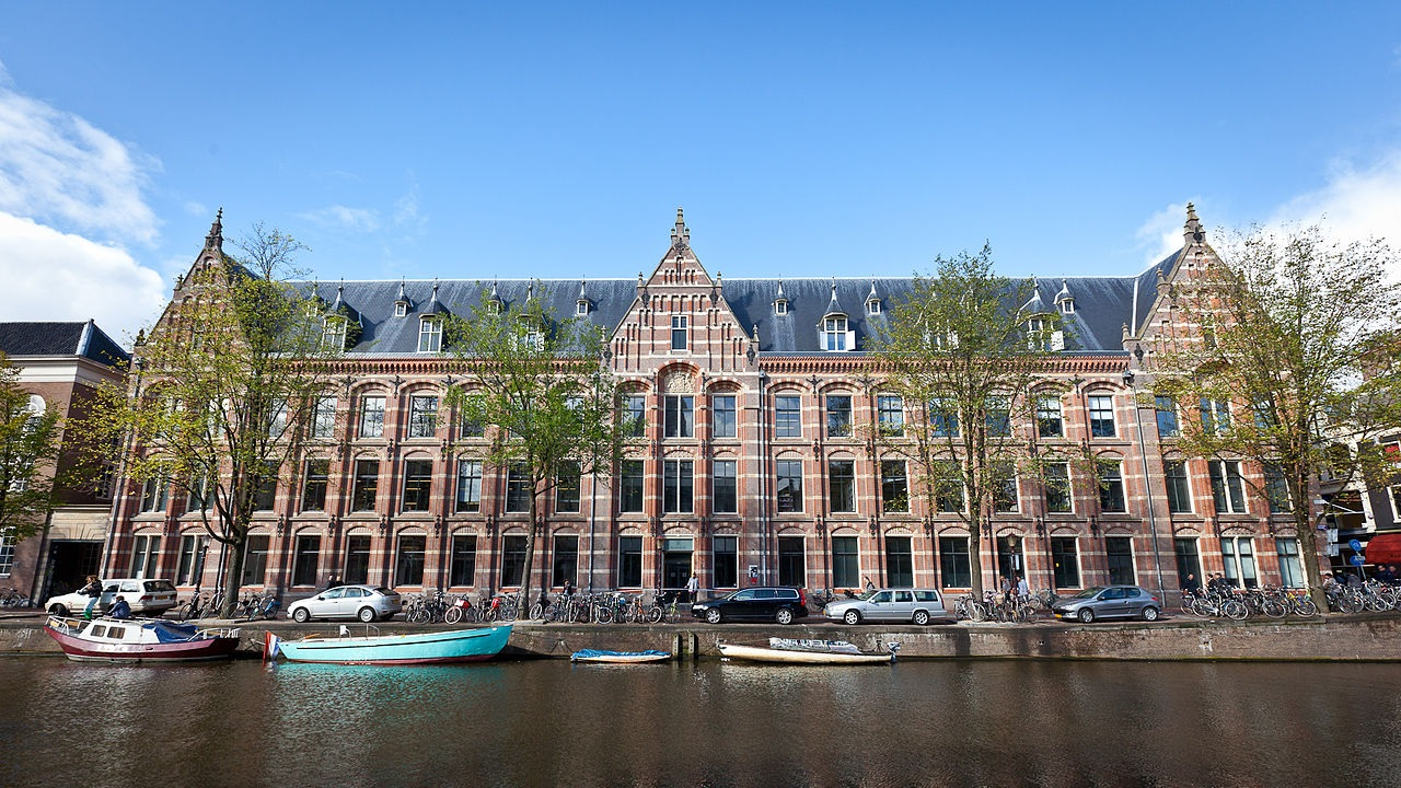 university of amsterdam application dates